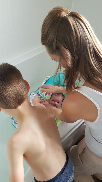 William helpping bath Violet